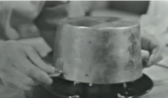 JC unmolding