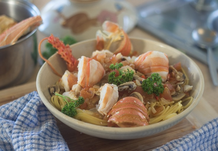 Spaghetti with Lobster Sauce